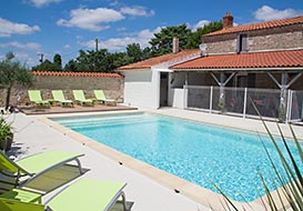 Vendee farmhouse with private pool