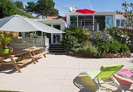 Villa on the Vendee coast sleeping 8 to 9