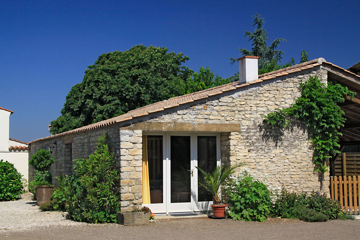 homes for sale jard sur mer