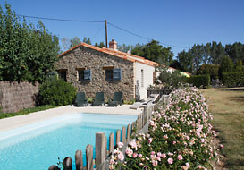 Gite with private pool in the north Vendee